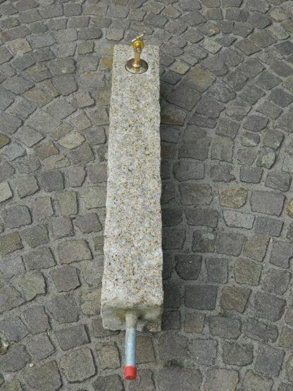 Wasserzapfsäule Granit, gelb